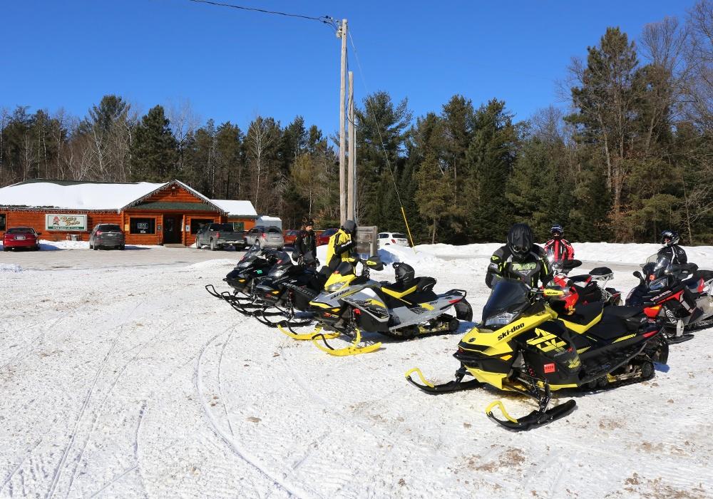 Billy-Bob_s-snowmobilers