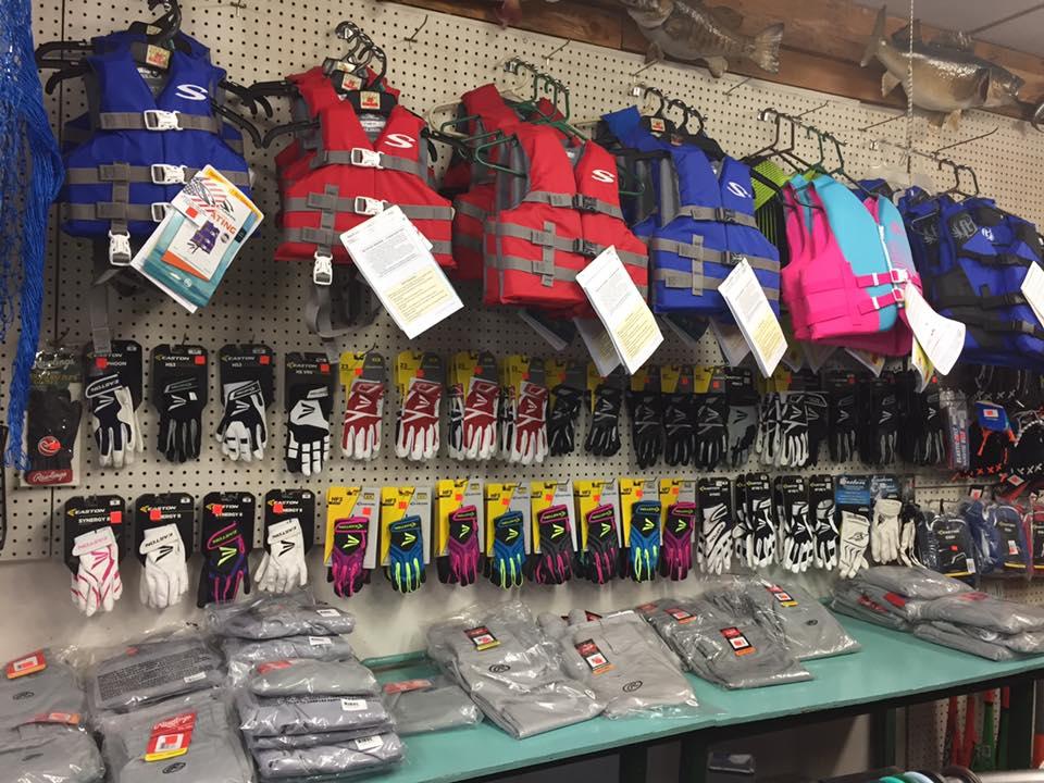 Chucks Sports Shop2