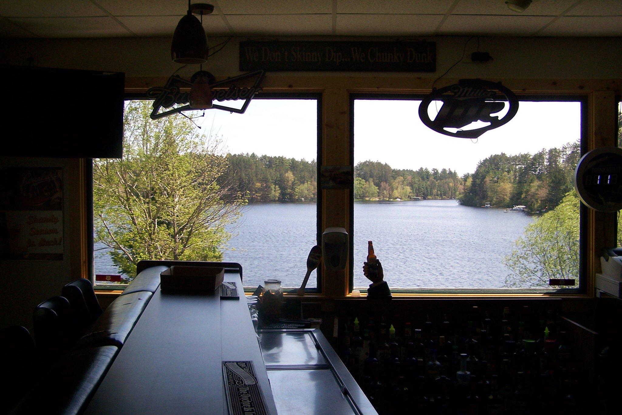 Road Lake Pub & Grill 3