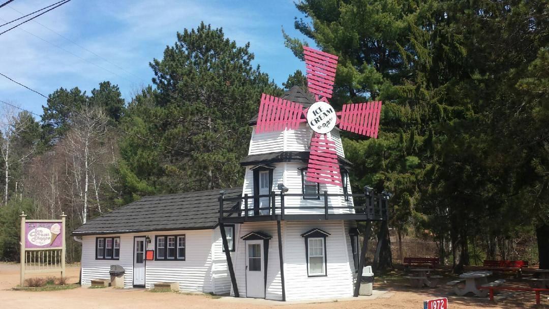 Windmill Ice Cream Shoppe 1